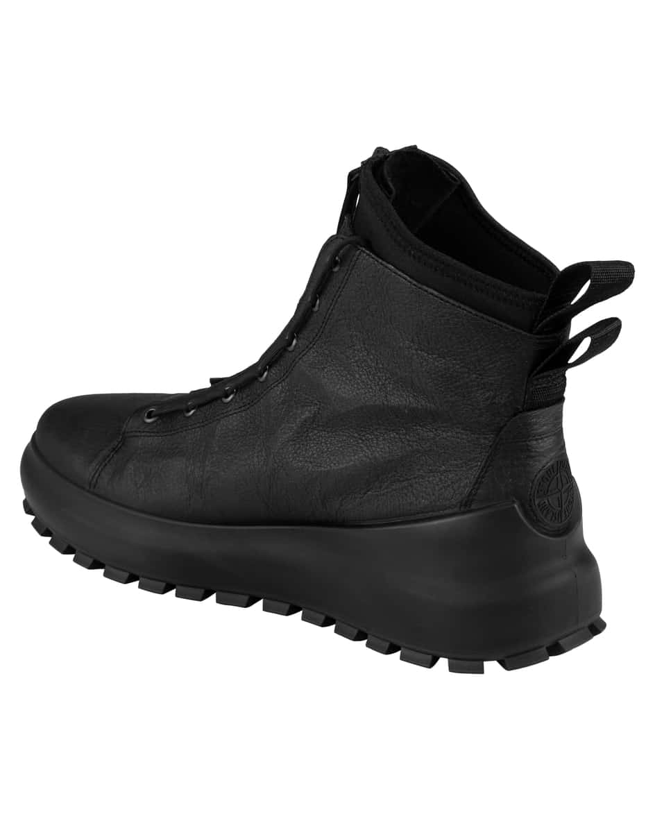 Boots 46